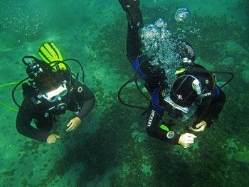 PADI Divemaster candidate Claire - PADI Rescue Diver