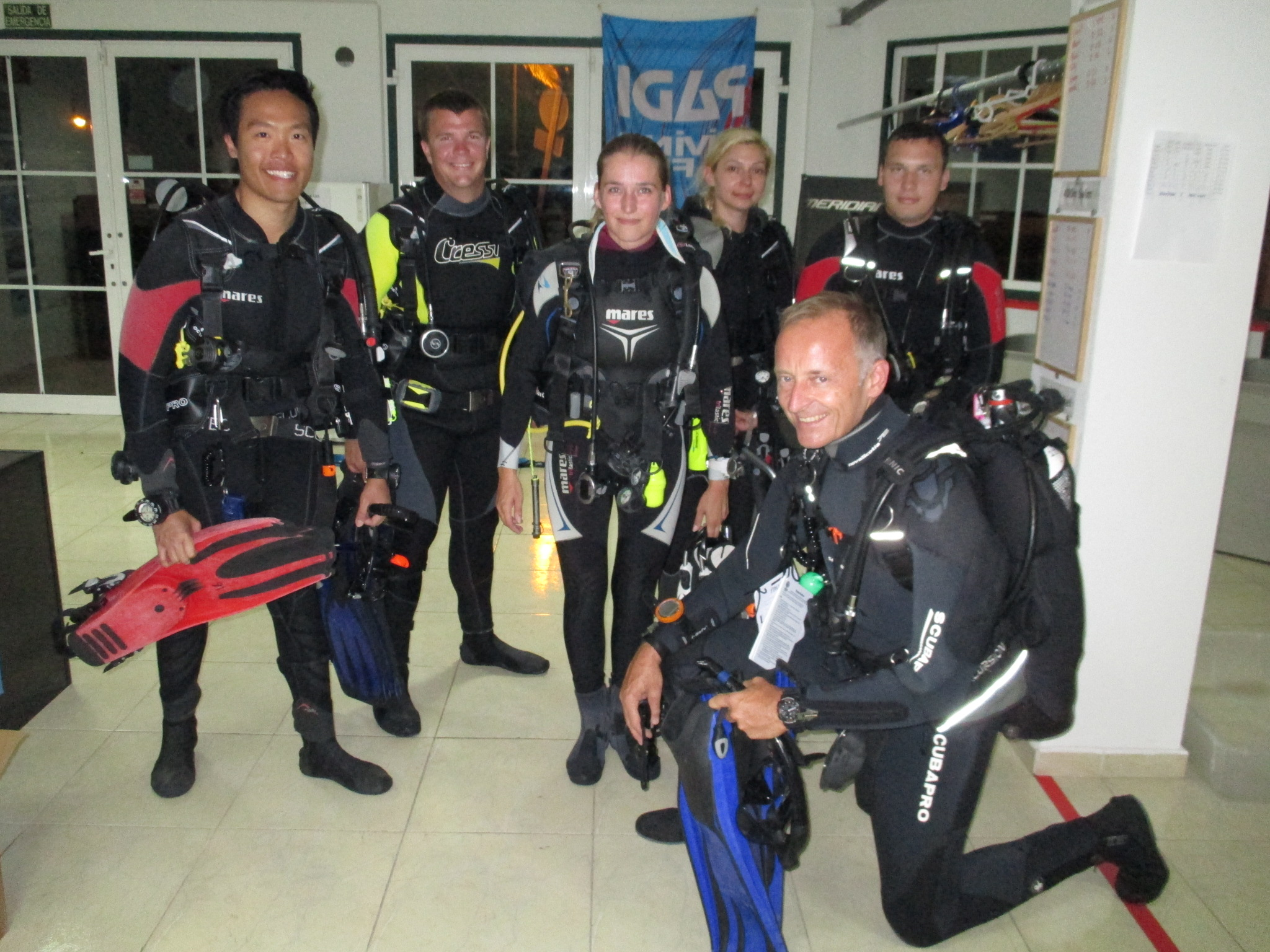 Night Diving with Paul and team