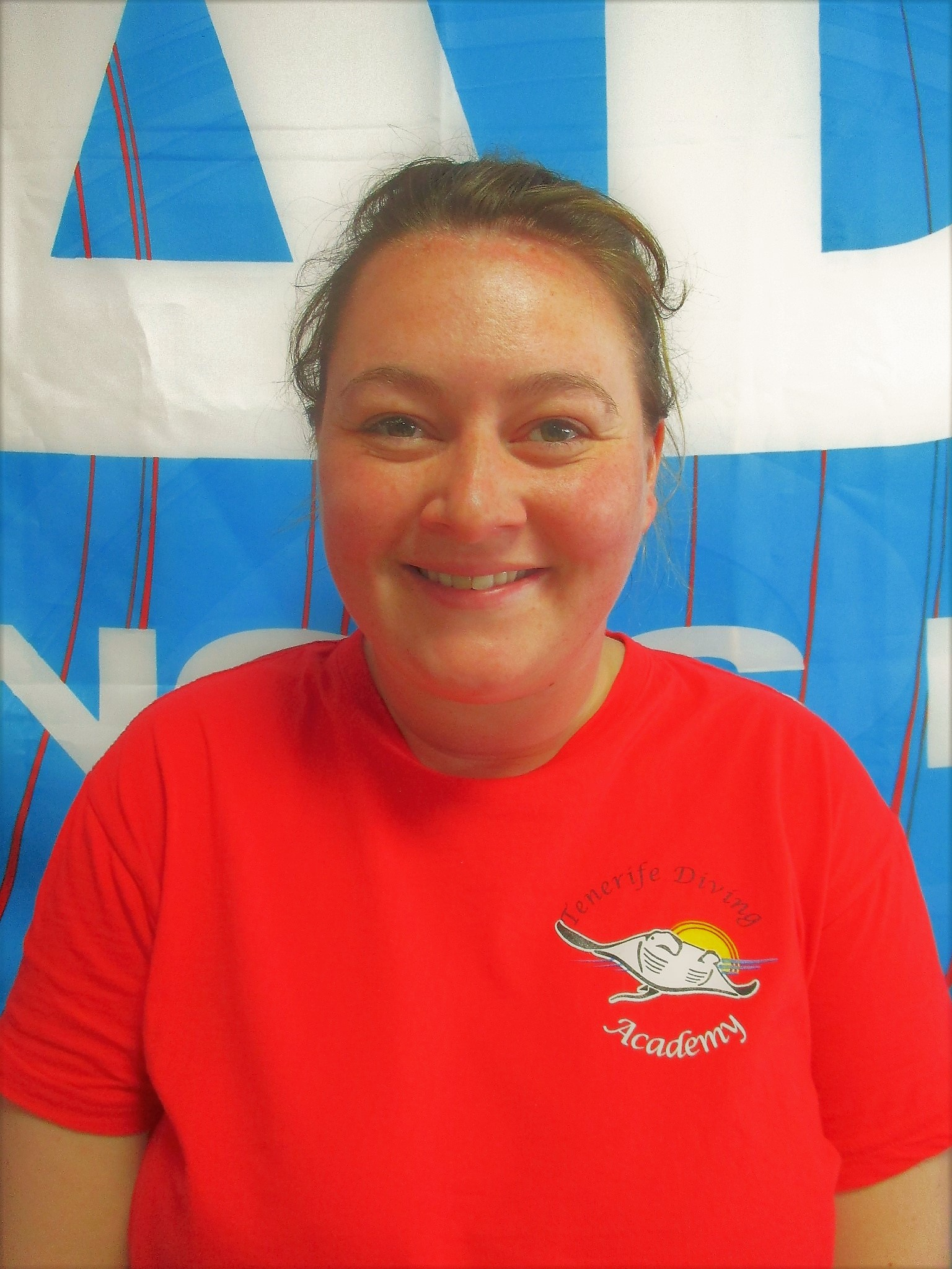 PADI Divemaster intern Charlene